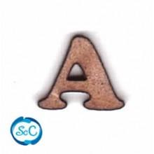 Silueta 3D de la letra A mayúscula