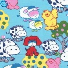 Tela patchwork vaquitas con animales fondo azul, 45 x 45 cm.