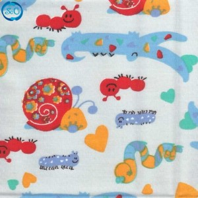 Tela patchwork caracoles fondo azul, 45 x 45 cm.