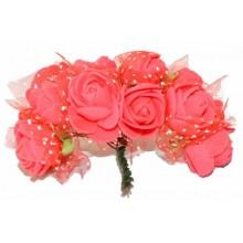 Ramo de flores de goma eva rojas
