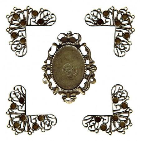 Esquinas de encaje de metal y emblema central
