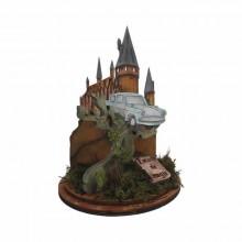 Escuela de magia de Harry Potter escena coche en el arbol
