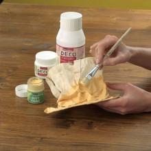 Paso 3 - Pinte el objeto en forma como usted desea con Hobby pinturas acrílicas línea. Deje que se seque