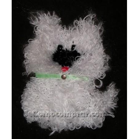 Perrito bordado con aguja magica