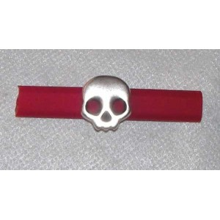 Bracelet Calavera howlita metal  17 x 16 mm, plata antigua  para cuero o cuacho regaiz