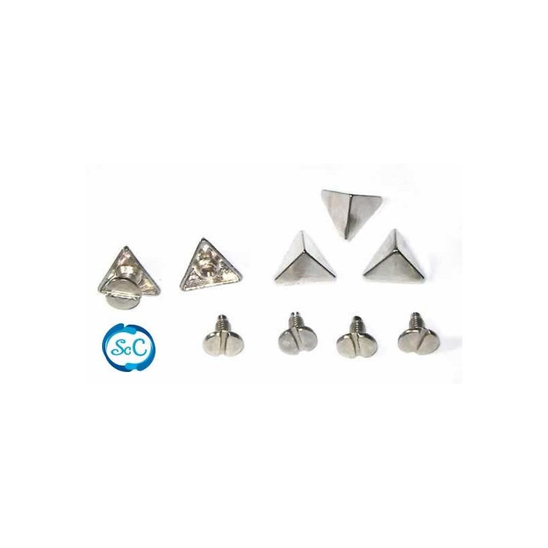 Tacha Pirámide triangular color plata 10 mm. Tornillo