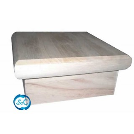 Caja de madera, cuadrada con tapa redondeada