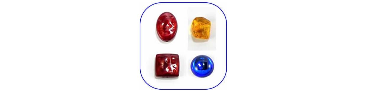 Abalorios de cristal y piedra