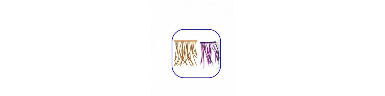 Flecos de plumas de colores